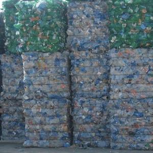 Приём пластиковых бутылок, пленки.